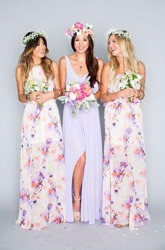 Show Me Your Mumu lilac printed boho bridesmaid dresses / http://www.deerpearlflowers.com/40-chic-bohemian-bridesmaid-dresses-ideas/2/