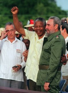 Americans generally view Nelson Mandela as a hero and Fidel Castro as a villain. Mandela saw things differently. The South African leader's nationa. Fidel Castro, Castro Cuba, Cuban Leader, Viva Cuba, Apartheid, Great Leaders, World History, History Pics, Great Friends