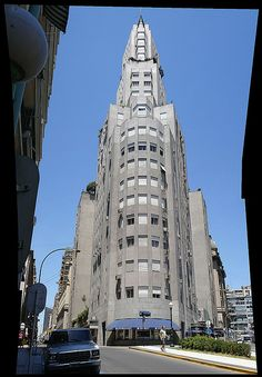Edificio Kavanah architecture in Argentina Edificio Kavanagh, South America Travel, Most Beautiful Cities, Best Hotels, Night Life, Art Deco, World, City, Towers