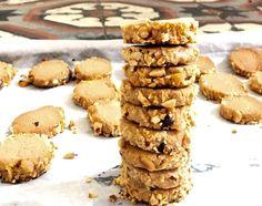 עוגיות אגוזי לוז ואגוזי לוז