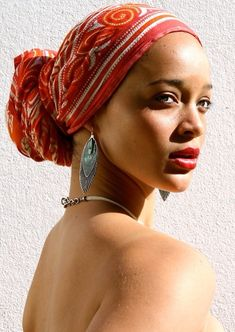 Love this head wrap #headpieces #hat #headwrap                              …