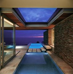 The long pool with shelter and transition. Cove 6 House by Stefan Antoni Olmesdahl Truen Architects (SAOTA)
