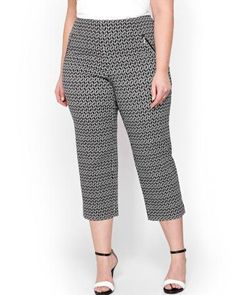 Shop online for Michel Studio Alexa Cropped Printed Pants. Find Collections-Michel-Studio, and more at AdditionElle Trendy Plus Size Fashion, Stylish Plus, Plus Size Outfits, Trendy Outfits, Addition Elle, Wide Width Shoes, Printed Pants, Active Wear, Capri Pants