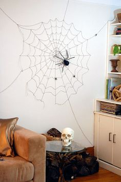I love The Art of Doing Stuff. #5 - cheap and easy Halloween Decoration