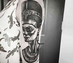 Nefertiti tattoo by JackArt Tattoo World Tattoo, S Tattoo, Cool Tattoos, Tatoos, Nefertiti Tattoo, Egyptian Queen, Egyptian Tattoo, Tattoos Gallery, Best Black