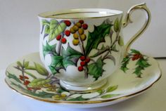 VINTAGE ROYAL ALBERT BONE CHINA HOLLY 12 FLOWER OF THE MONTH CUP SAUCER SET