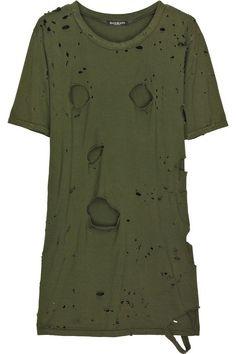 2caa1539d623bb Get the PERFECT DIY Distressed Balmain T-Shirt look without having to pay  the Balmain