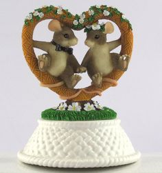 """CHARMING TAILS """"Together Forever"""" Fitz and Floyd  82/109 Mouse Wedding"""