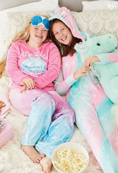 Snuggle into layers of giggles & goodies. Onesie Pajamas, Cute Pajamas, Pajama Outfits, Kids Outfits, Pokemon Costumes, Construction For Kids, Cosy Outfit, Justice Accessories, Unicorn Leggings