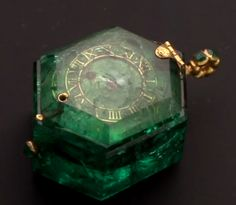 An amazing large emerald with a Swiss mechanism inside, no doubt the original owner was of great wealth of it's time. Cheapside Hoard, ca 16th-17th century
