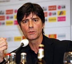 Wir sind dabei! - EM-Quali - Deutschland hat sich schon fünf Tage vor Ende der Vorrunde für die EURO 2008 qualifiziert.