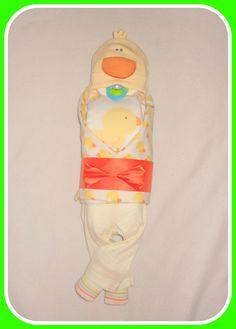 Yellow Duck Diaper Cake Baby- Baby Shower Gift Or Centerpiece - http://www.babyshower-decorations.com/yellow-duck-diaper-cake-baby-baby-shower-gift-or-centerpiece.html