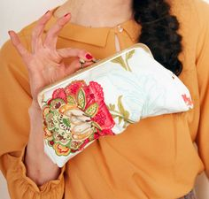 Google Image Result for http://www.mywedding.com/blog/wp-content/gallery/feb-21/floral-clutch-purse-vintage-handmade.jpg