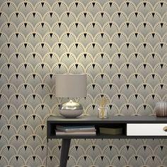 Non-woven wallpaper CASSANDRE colour ecru black - Wallpaper - Art Deco Interior Living Room, Art Nouveau Interior, Hallway Wallpaper, Art Deco Wallpaper, Kitchen Wallpaper, Modern Wallpaper, Art Deco Decor, Room Decor, Grey And Gold Wallpaper