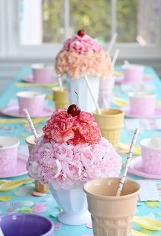 Project Nursery - Carnation Sundae Centerpieces - Project Nursery Here's the scoop—an ice cream party is an awesome birthday theme for practically any age. It's appropriate for someone turning 1 or Summer Birthday, First Birthday Parties, Birthday Party Themes, First Birthdays, Birthday Ideas, Summer Party Themes, Summer Bash, Birthday Bash, Sundae Party