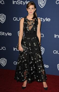 Emma Watson Photos - Arrivals at the InStyle and Warner Bros. Annual Golden Globes Awards Afterparty at the Beverly Hilton Hotel in Beverly Hills on January - Emma Watson Photos - 1309 of 5815 Emma Watson Style, Emma Watson Sexiest, Golden Globes After Party, Beautiful Goddess, Red Carpet Looks, Red Carpet Fashion, Dress Me Up, Fashion Looks, Feminine