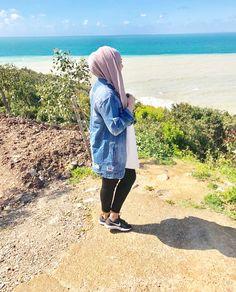 Modest Fashion Hijab, Street Hijab Fashion, Casual Hijab Outfit, Muslim Fashion, Hijab Style, Hijab Chic, Hijabi Girl, Girl Hijab, Muslim Girls