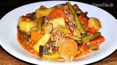 sk - recepty a videá o varení Thai Red Curry, Pork, Meat, Chicken, Ethnic Recipes, Kale Stir Fry, Pork Chops, Cubs