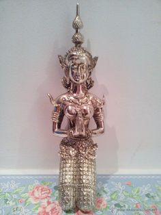 bonita figura de diosa india.