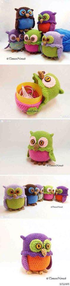 "Would love one of my ""crochet friends"" to make a couple for my Ryleigh-girl. I'll buy the yarn :-) Owl crochet crochet handmade DIY storage box Crochet Diy, Crochet Owls, Crochet Amigurumi, Crochet Animals, Crochet Crafts, Crochet Projects, Mini Amigurumi, Tutorial Crochet, Easter Crochet"