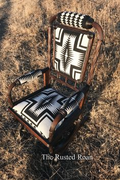 Pendleton upholstery, Cowhide Upholstery, western decor, western chair, Pendleto… - Western Home Decor Living Room Unique Home Decor, Home Decor Styles, Vintage Home Decor, Home Decor Accessories, Decorative Accessories, Decorative Accents, Western Furniture, Funky Furniture, Rustic Furniture