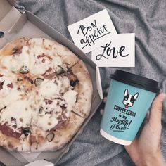 Pizza time 🍕 Flatlay
