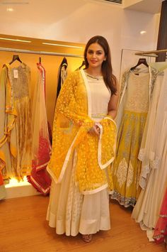House of Ollichon loves...Huma Qureshi wearing Varun's creation at his Couture Collection preview at AZA / Huma Qureshi - Bollywood Photos. #bridalwear #twopiece #mismatched #alternativeweddingdress #bridalseparates