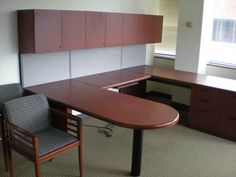 Clear Choice Office Solutions is your home for new and used office desks in Houston, Texas. Used Cubicles, Used Office Furniture, Luxury Homes, Corner Desk, Office Desks, Chair, Houston, Table, Tips
