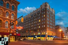 What's between a Rock & Fun? Answer: Hampton Inn #Indianapolis Downtown #Hotel #photography @PPTPhoto #HardRock cafe