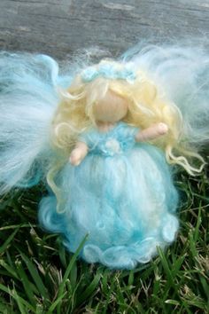 The Wee Sparkle Angel is on her way with love in her heart and a twinkle in her eye. She is a shimmering beauty, soft and lovely. #christmas #angel #fairy #needlefelt #felt #ad