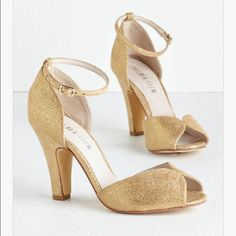 182050e3643edd Gold Heels From Modcloth Gold Bridesmaid Shoes
