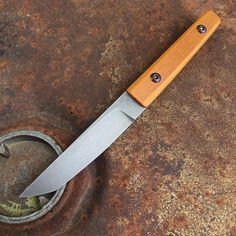 Traylor knives