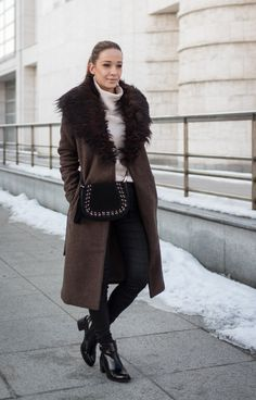 Coat is during winter often the statement piece of our outfits, choose well :) Fur Coat, Diamonds, Winter Jackets, Outfits, Fashion, Winter Coats, Moda, Suits, Winter Vest Outfits