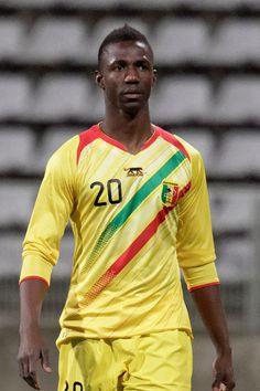 Modibo Maïga – piłkarz malijski grający na pozycji ofensywnego pomocnika we francuskim klubie FC Metz, do którego jest wypożyczony z West Ham United F.C.. Mierzy 185 cm wzrostu, waży 76 kg.