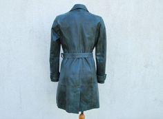 Vintage vert en cuir véritable Trench Coat par VintageSuggestion
