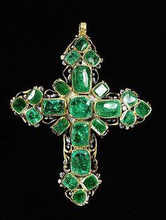 Pendant cross Emeralds set in enameled gold