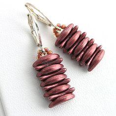 Crescent beads earrings  http://www.sashe.sk/kacenkag/detail/crescent-ruzove-nausnice