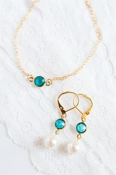 Sweet Sentiments Gift Set in Turquoise // via J'Adorn Designs Bridesmaid Jewelry, Bridesmaid Gifts, Wedding Jewelry, Luxe Wedding, Wedding White, Bridesmaids, Heart Jewelry, Heart Earrings, Jewelry Gifts