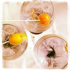 Para Finalizar @cuinapinos  #almuerzo @alfonso_rest @javi_asdj #cuinapinos #Ginebra gintonic Chic #España innovando sabor canela y muy suave. Cómo estába @cristinarv_ @ifarballester @elenaymrtz  @belenmanez @jesusmar8 #Pinoso Alicante #España #gastronomia GoodFood #turismoactivo turismo interior @costablancaorg @Pinterest #Pinterest