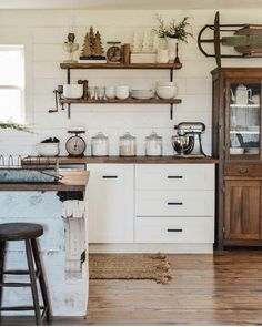 The New Angle On Farmhouse Kitchen Ideas Just Released The very first thing you ought to do in order to design the Kitchen is picking a color. If there's a single thing it looks like every farmhouse kitchen must have, it's an apron front sink. Open Kitchen And Living Room, Home Decor Kitchen, Rustic Kitchen, Interior Design Kitchen, New Kitchen, Home Kitchens, Kitchen Ideas, Kitchen Inspiration, Kitchen Industrial