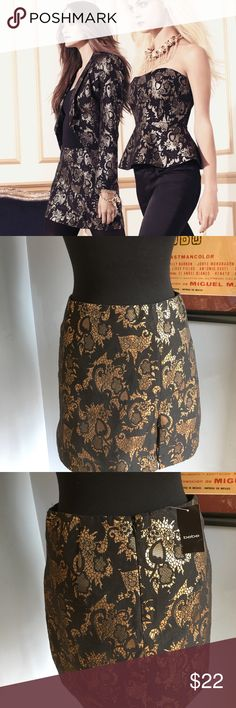 Bebe Marielle mini skirt brocade holiday This skirt is brand-new with tag was part of one one of the holiday collections from non-smoking household.  Has front off set and zipper slit bebe Skirts Mini