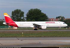 FlightMode: Iberia Express IB3913 A321 returned to Palma Mallorca, engine shut down in flight