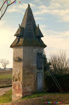 Pigeonnier de  VILLEBRAMAR, Lot et Garonne, France