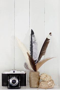 Paper Feather Wreath Tutorial