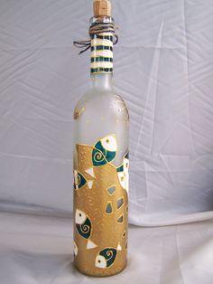 Hand painted bottle    www.atelie-rae.eu