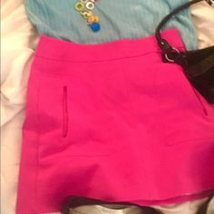 Zara stunning miniskirt So exquisitely well made and stylish it's definitely a modern mod masterpiece .  The pink skirt has adorable pockets and fully lined . Waist is roomy which accommodates sizes 4-8 Zara Skirts Mini