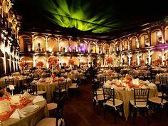 Un salón en el centro de la ciudad te da un toque elegante y clásico
