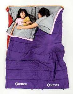 可拼接的好窩睡袋,打造露營夜的舒適好眠。(outthere好野提供)