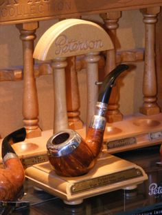 Peterson year pipe and stand.