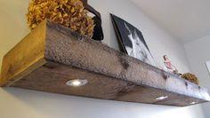 Tablette en bois de grange Floating Shelf Brackets, Floating Shelves, Rustic Chic, Bath Caddy, Palette, Corsica, Dojo, Bedroom, Home Decor